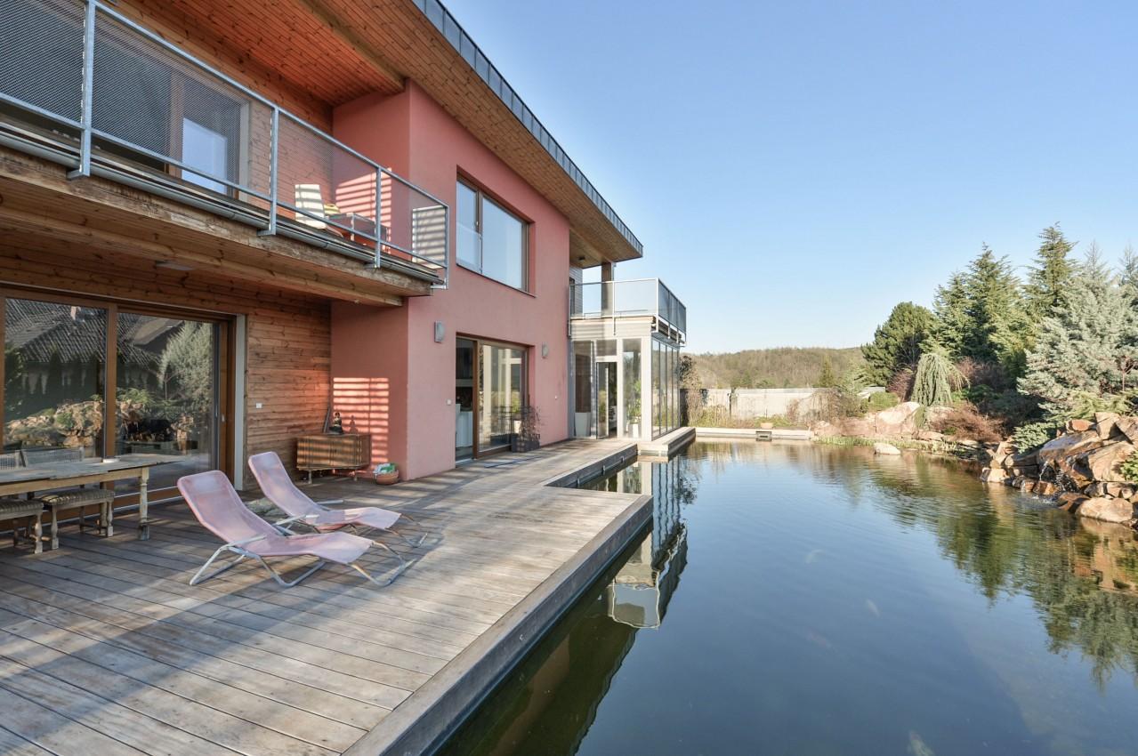 Bydlení v klidné čtvrti a nadosah přírody