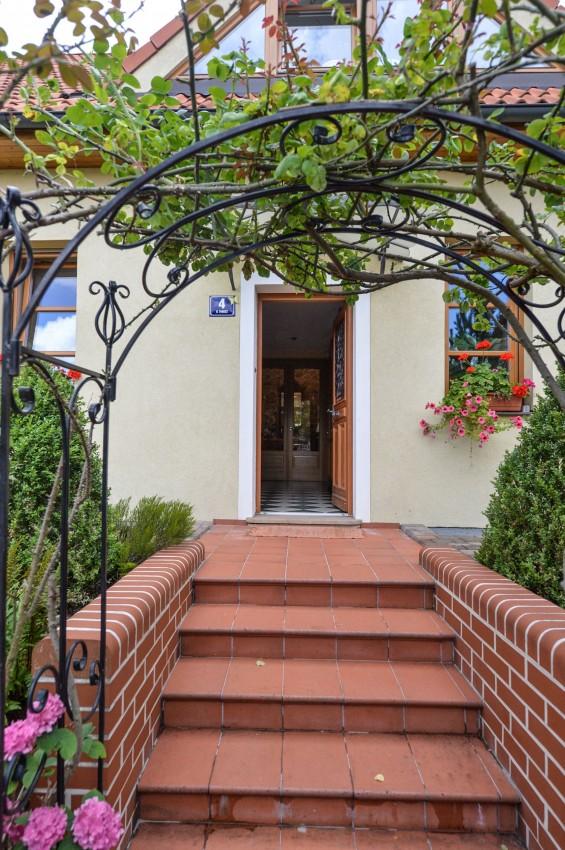 Villa La Belvedere luxusní francouzský styl v pražských Lysolajích