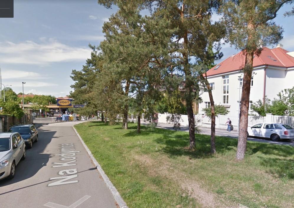 Řadový dům v oblíbené lokalitě Hanspaulka