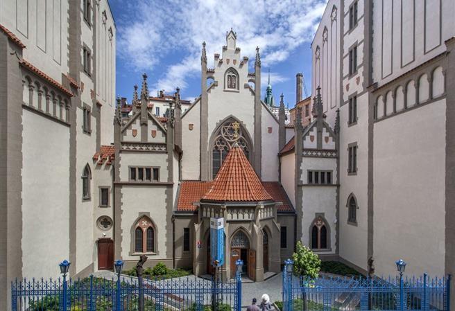 Nové byty s výhledem na Maiselovu synagogu