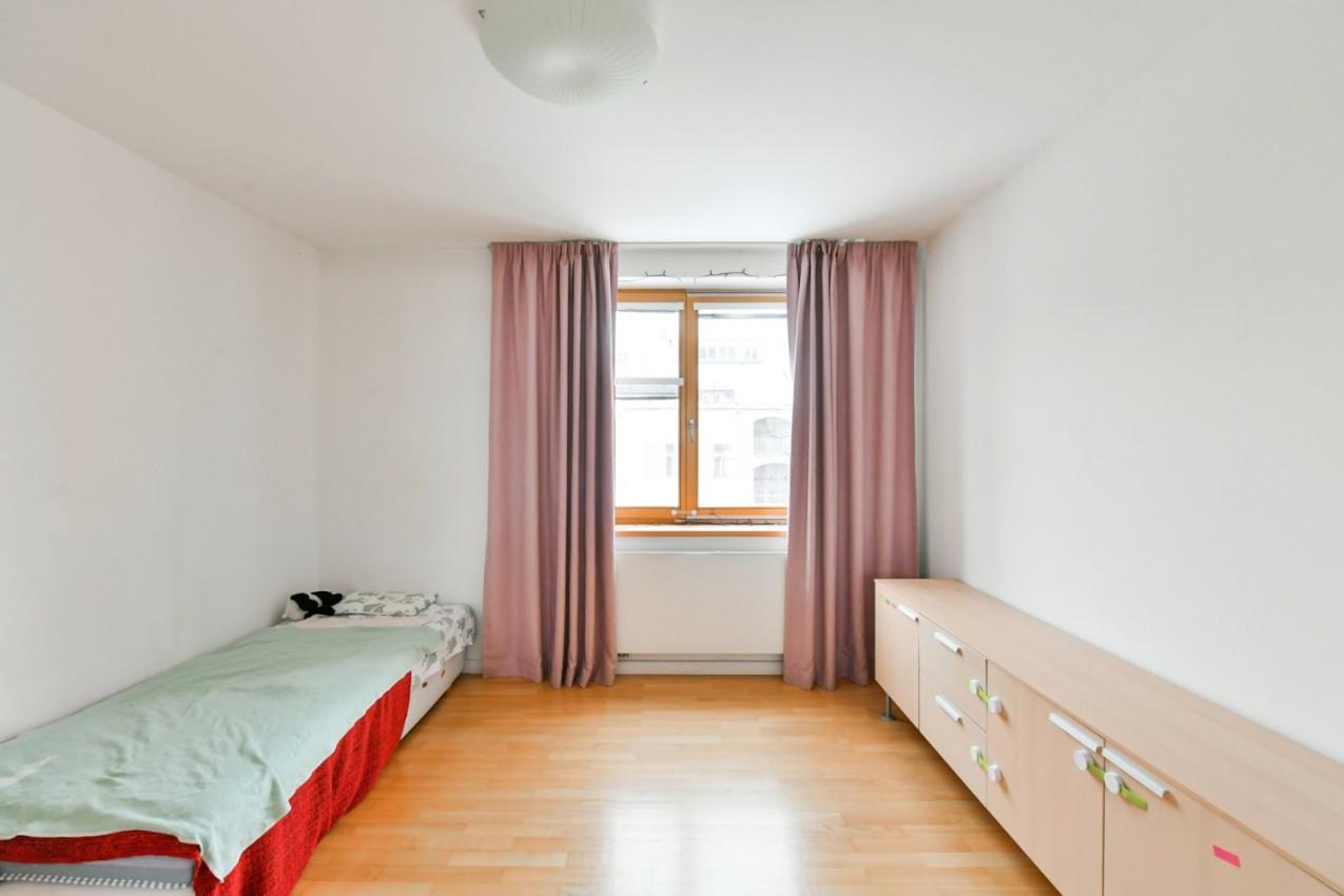 Slunný byt v klidné části Malé Strany