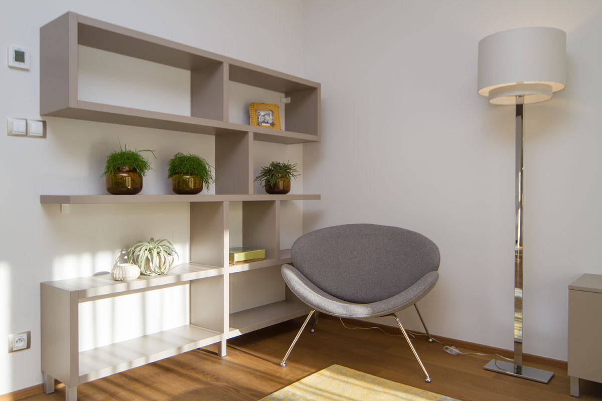 Světlý byt ve vilové části Prahy 5
